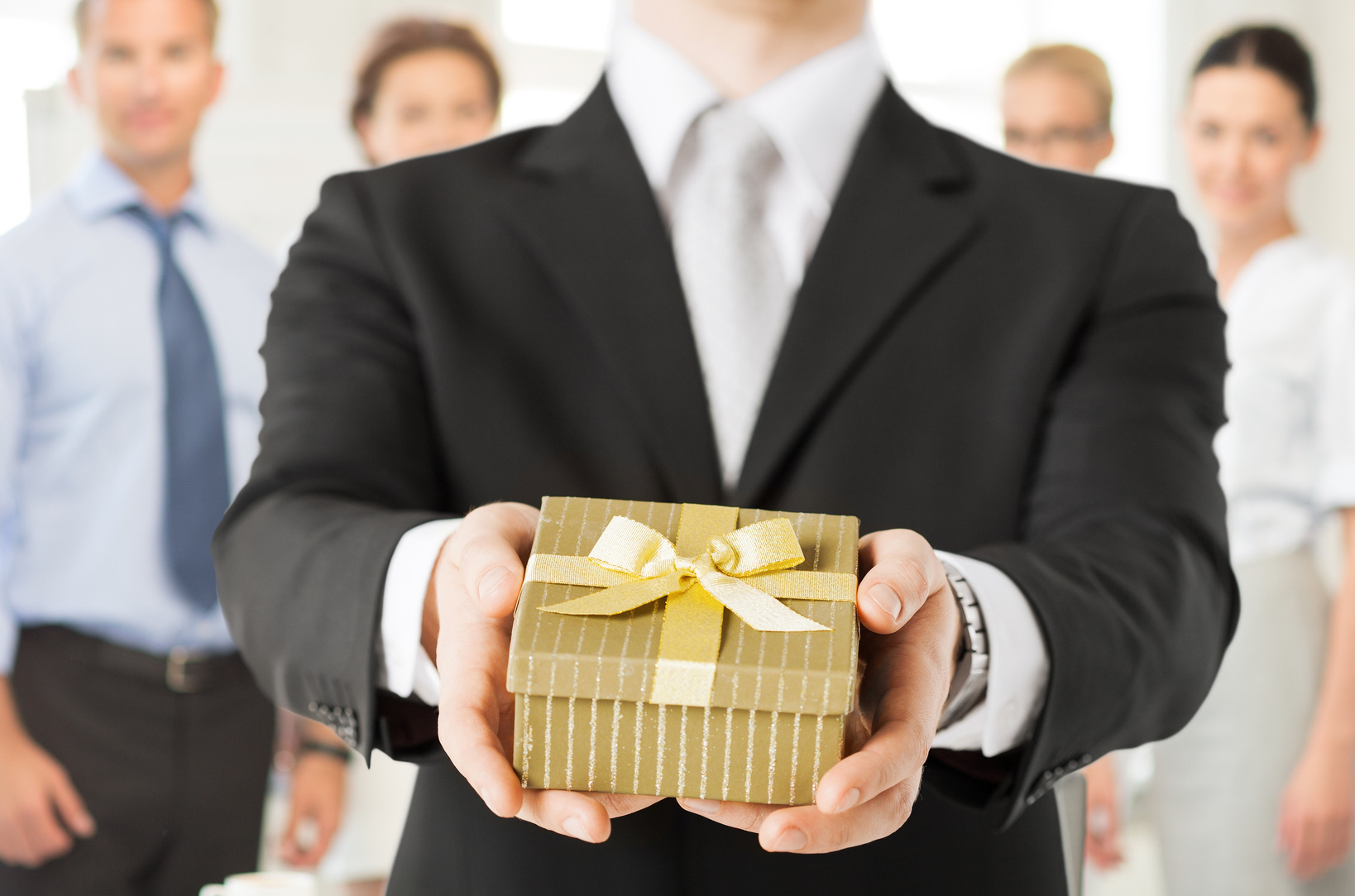 corporate-gift-giving
